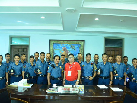 16 SAF Police Trainees and 2 Field Training Officers