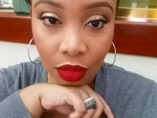 Questions from Readers: My 5 Makeup Must Haves.