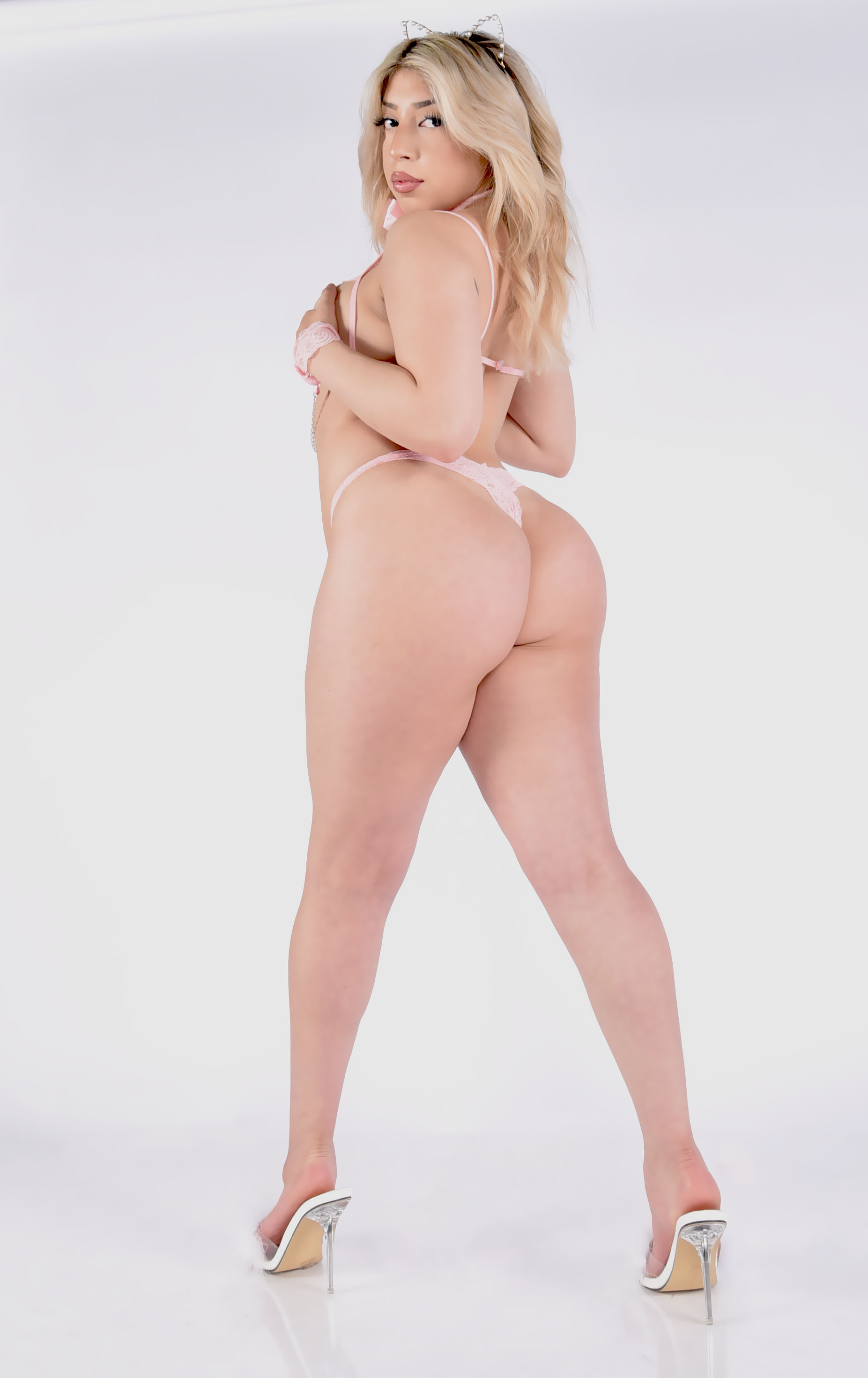 Cassie Bachelor party stripper
