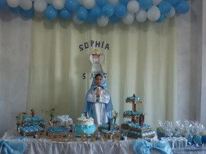 """Menina de 5 anos pede o tema """"Nossa Senhora"""" em sua festinha de aniversário"""