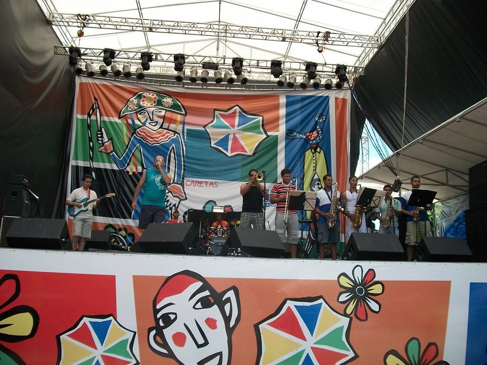 Orquestra Maestro Madureira durante apresentação no carnaval 2010