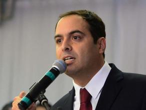 Governador admite deficit de equipes nas delegacias de PE e promete concursos anuais