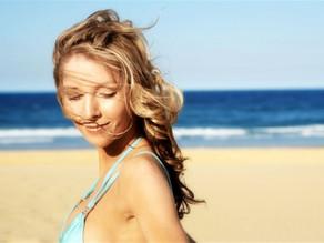 Cuidados: saiba o que é necessário para manter a saúde dos cabelos no verão
