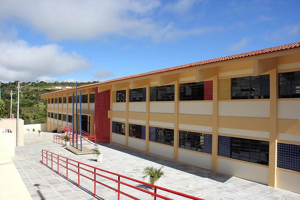 Escola Municipal Governador Eduardo Campos/ CET Foto: Verner Brenan