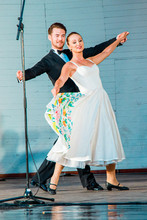 08-30 Pau Dance-12.jpg
