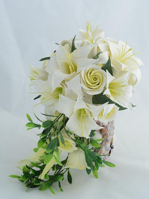 Свадебный букет с лилиями