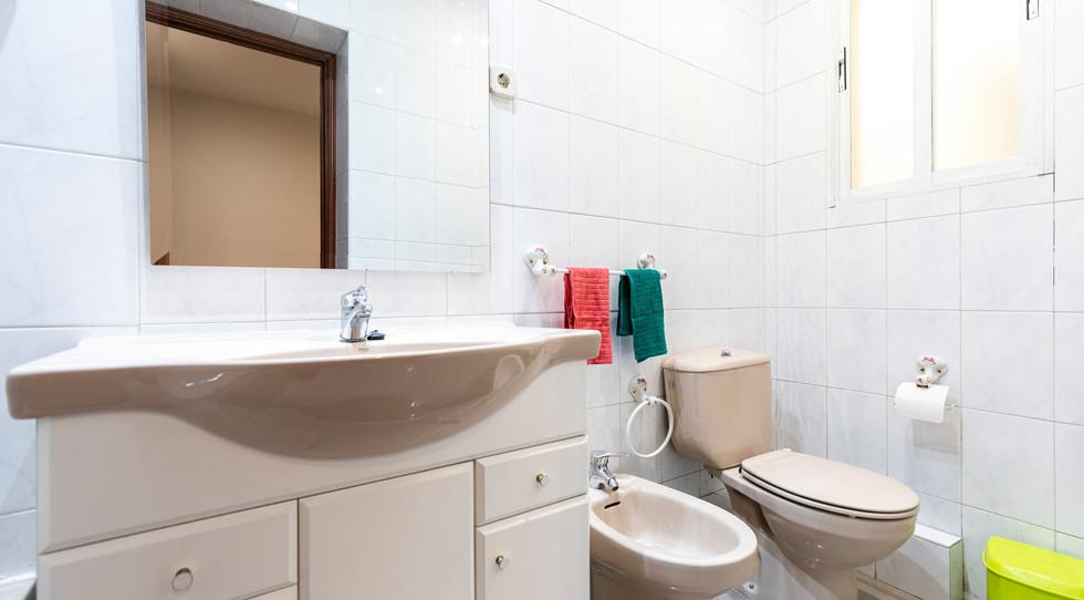 Habitación 4c - Bano privado.jpg