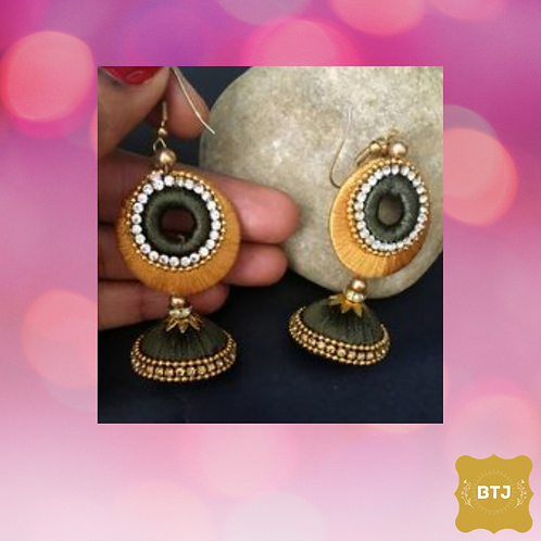 Dark Green Golden Chandbali Earrings (E09)