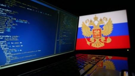ИТ-компании предложили Минцифры устанавливать российскую операционную систему на все компьютеры