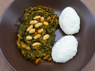ZAMBIE - RECETTE : Ifisashi accompagné du populaire Nshima.