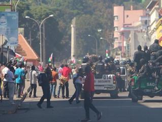 Madagascar : un mort et 17 blessés dans la répression d'une manifestation interdite