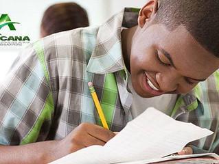 ÉDUCATION - La France règne en maître sur le marché des manuels scolaires en Afrique francophone