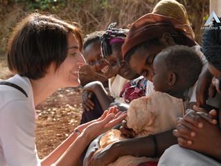 HUMANITAIRE - la vraie fausse pitié du tourisme humanitaire