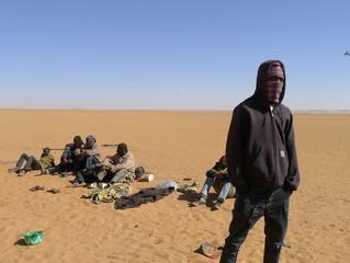 MIGRATIONS - L'Algérie abandonne des migrants dans le Sahara