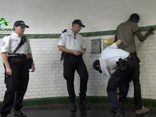 FRANCE - POLICE : Plus d'un policier sur deux est prêt à voter FN