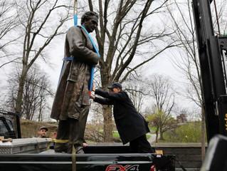 New York : la statue du  gynécologue, qui avait mené des expériences sur des esclaves noires, retiré