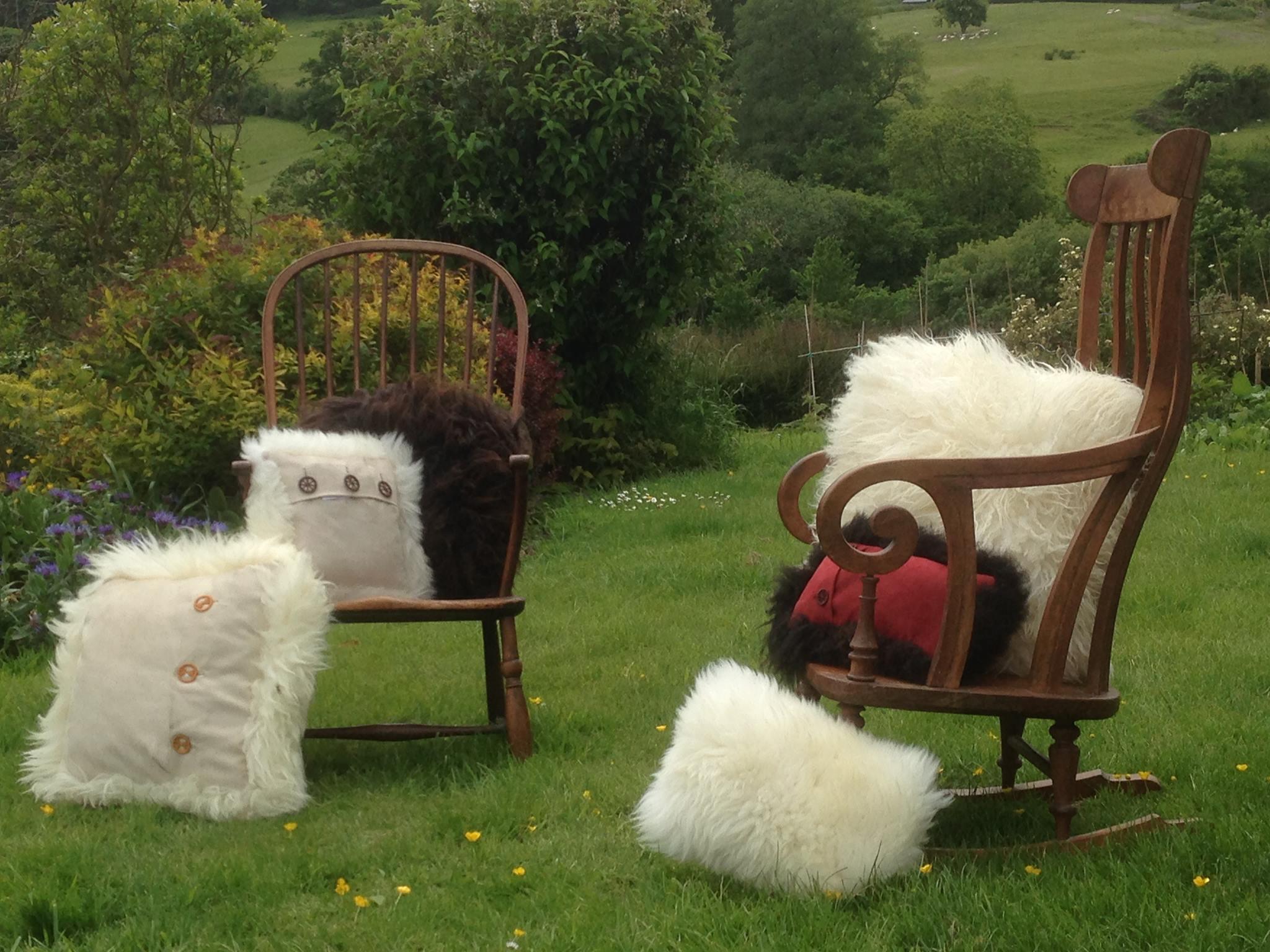 garden cushions1