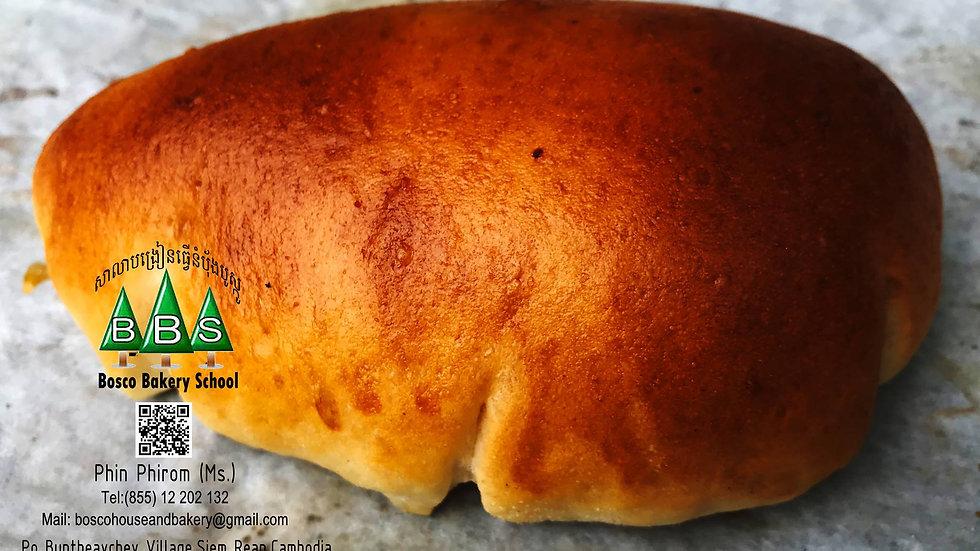 No.13  カスタードクリームパン