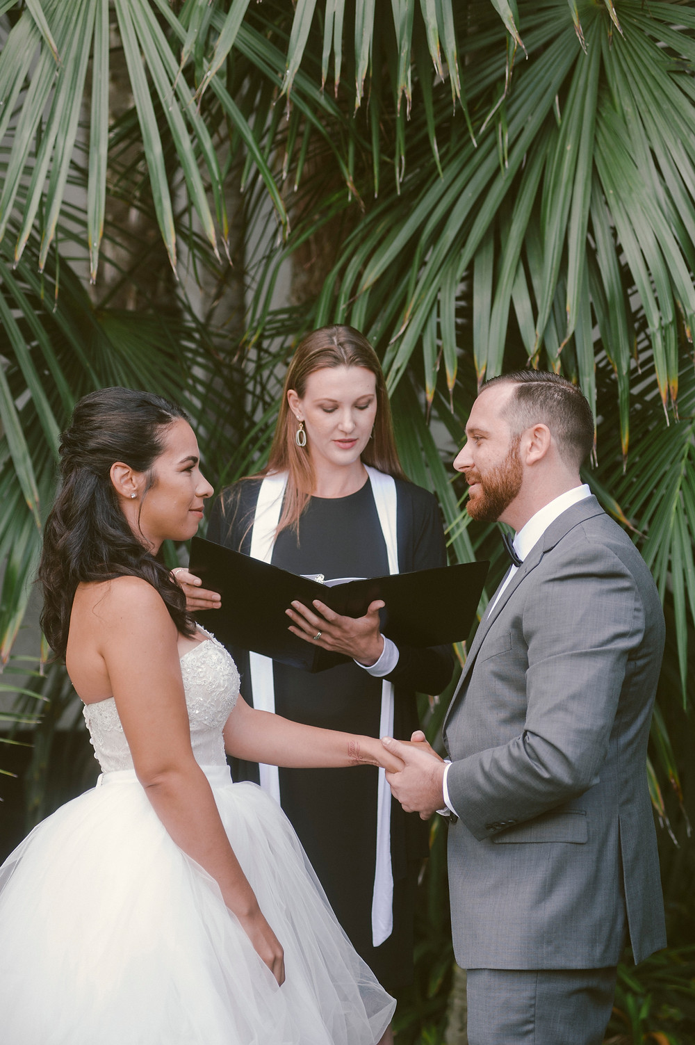Seaside Ceremonies Photo By ByCherry Photography
