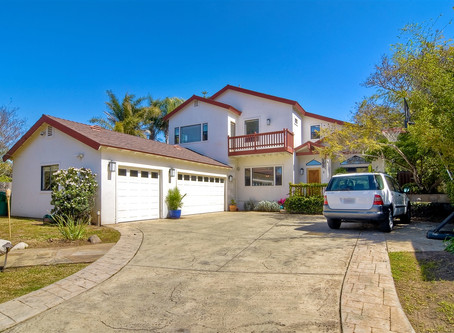 Sold! $1,055,000 (Represented Buyers)