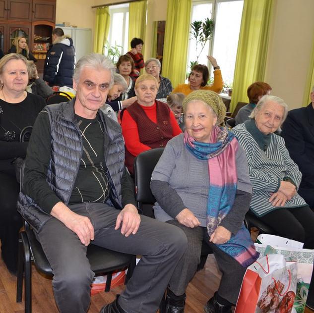 В первом ряду А.В.Бекасов, Г.П.Самойлова, З.Н.Кузнецова, В.И.Сибанов