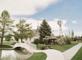 Dreamy Idaho Barn Wedding