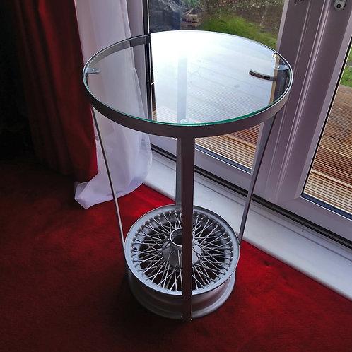 Jaguar wire wheel side table
