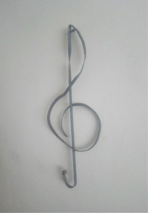 Handcrafter treble clef steel wall art