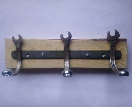 Spanner coat rack on pallet wood
