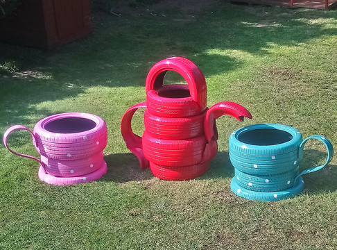 Reclaimed Tyre Tea Set