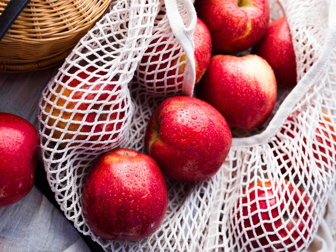 103019ENVY-Apples_ESSCF148921_web.jpg