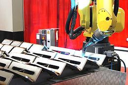 Robot welding track