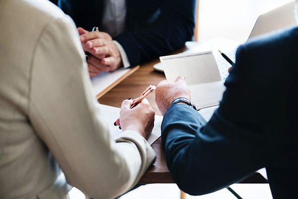 Signing a Contract. Family Law Melbourne