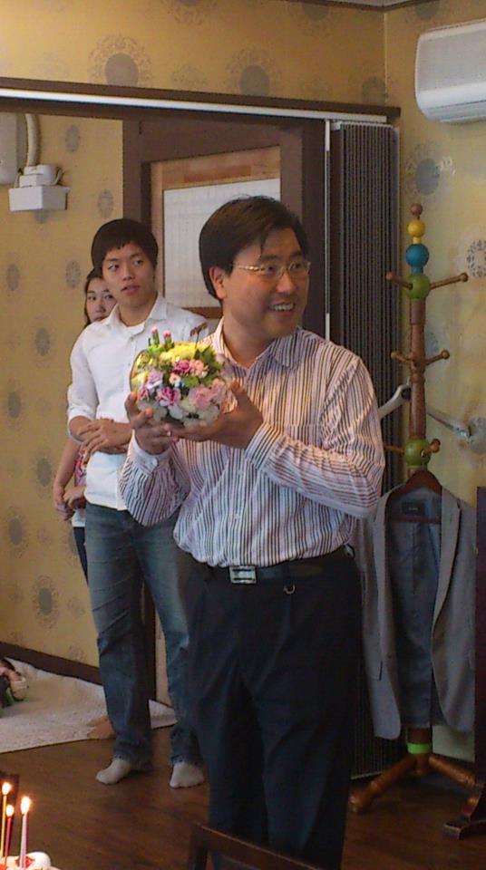꽃을 든 남자