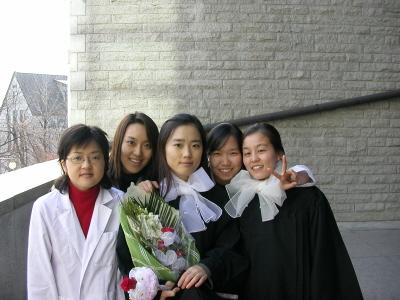 2006년 봄 졸업식....jpg