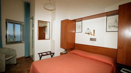Camera hotel sole castello Taormina
