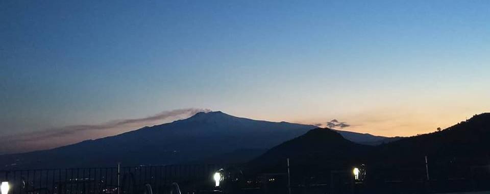 Etna View sole castello Taormina