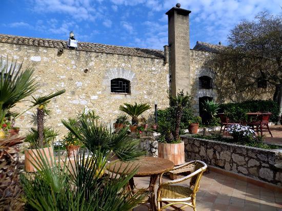 hotel-baglio-santacroce (3).jpg