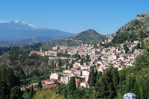 Taormina_and_Mt_Etna.jpg