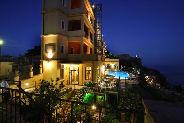 View hotel sole castello