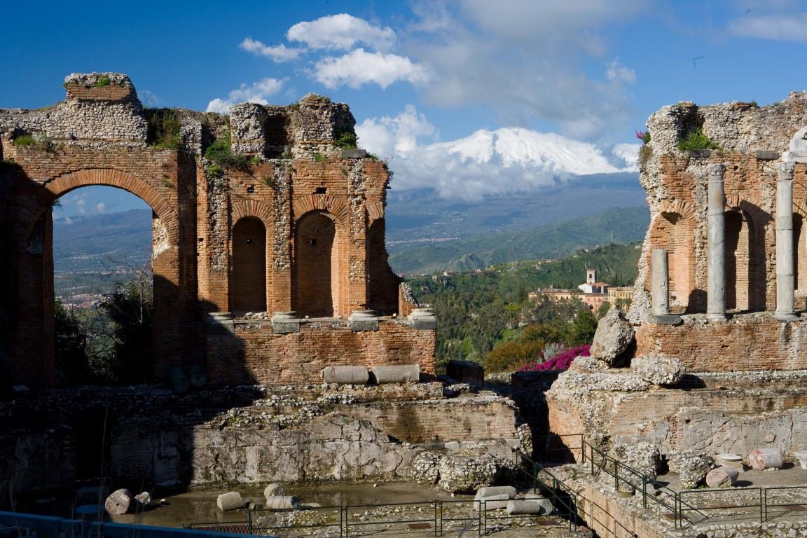 teatro taormina (1) .jpg