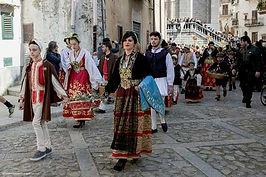 easter in piana degli albanesi.jpg