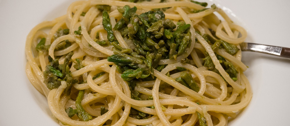 small recipe with an amazing taste, spaghetti with wild asparagus
