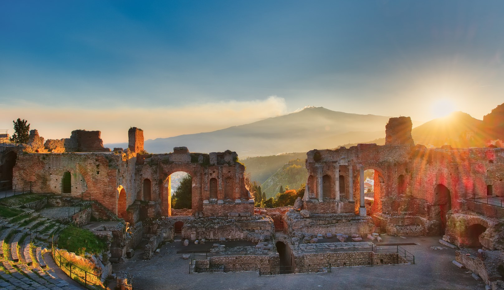 Partikular Teatro Taormina e etna.jpg