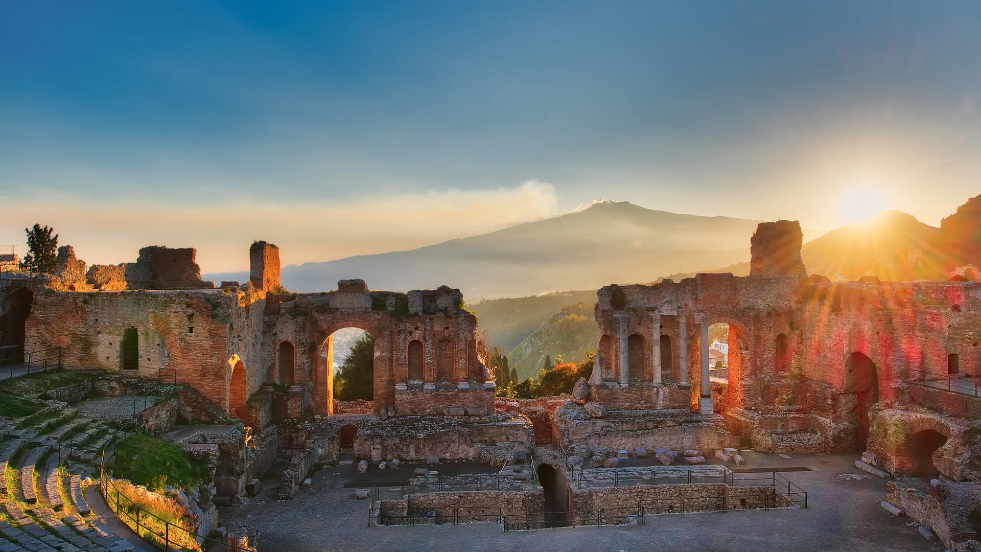 Particolare del Teatro antico di Taormin