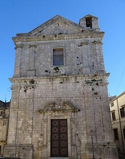 giuliana_chiesa_crocifisso.jpg