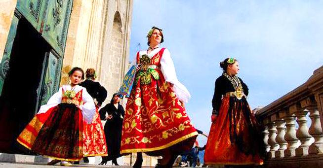 easter piana degli albanesi.jpg