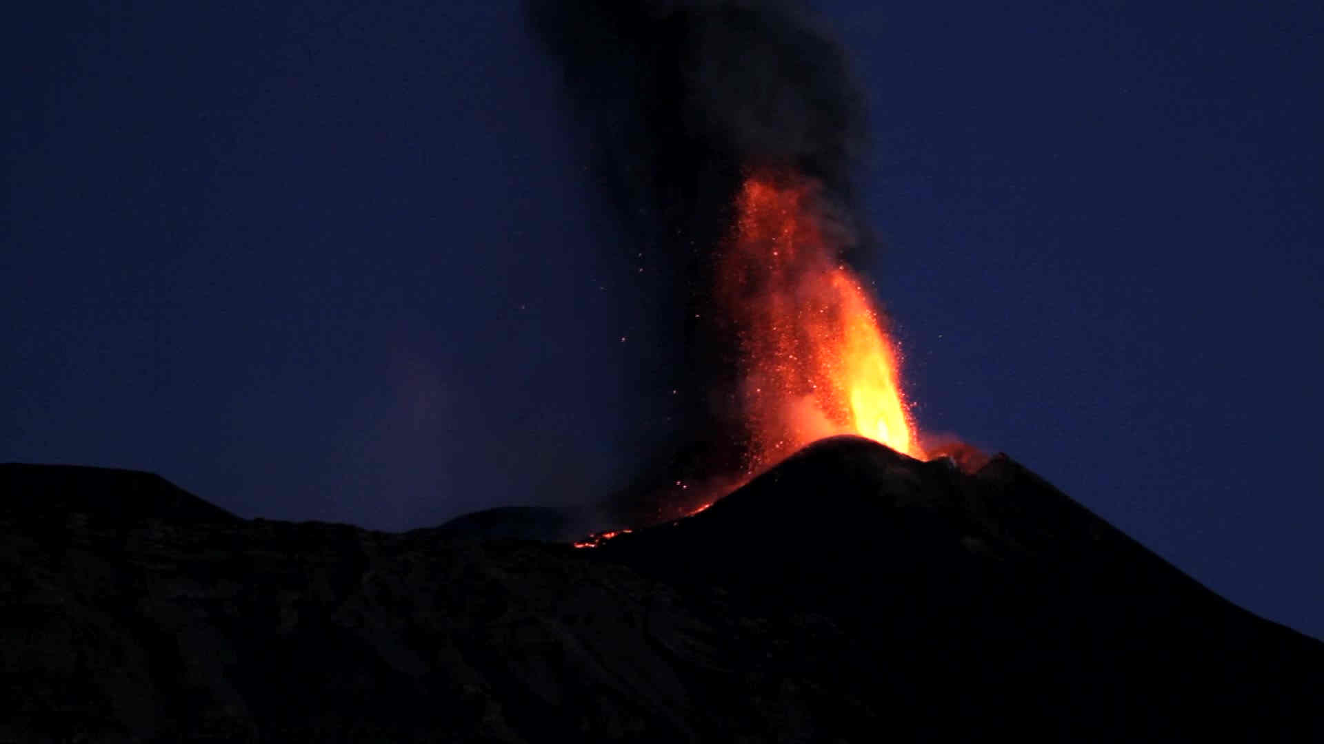 vulcano etna.mp4