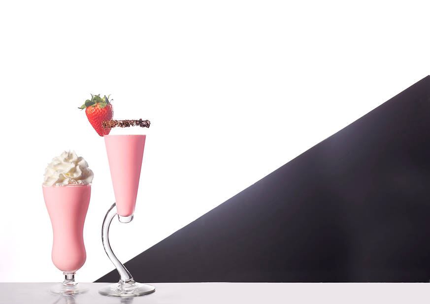 In-studio commercial photography of tequila rose drinks for magazine layout