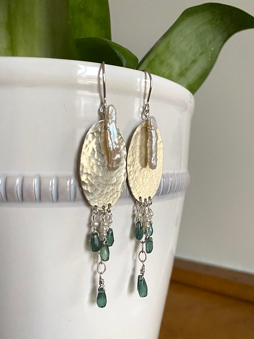 SS Emerald and Pearl Chandelier Earrings